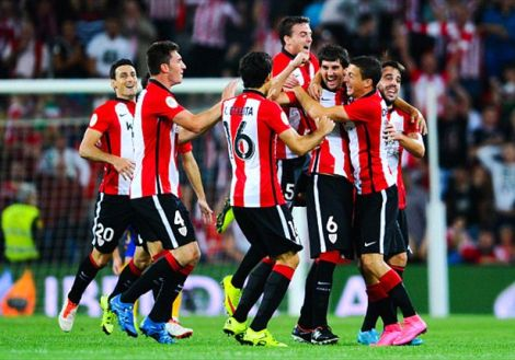 Athletic Bilbao 4-0 Barcelona: Aduriz hits hat-trick in Supercopa shocker