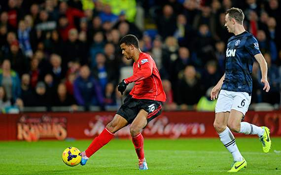 Fraizer Campbell; Jonny Evans Cardiff City v Manchester United - English Premier League 11242013