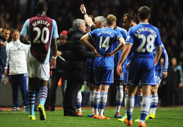 Mourinho fined £8,000 for Aston Villa incident