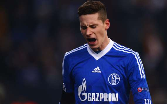 Jogador tem contrato com o Schalke até junho de 2018