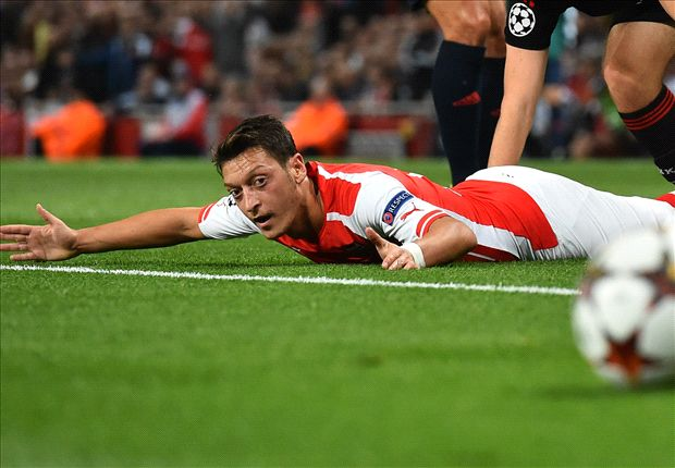 Ozil made a mistake signing for Arsenal, says Ballack
