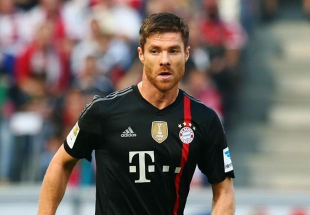Del Bosque elogia as atuações de Xabi Alonso no Bayern