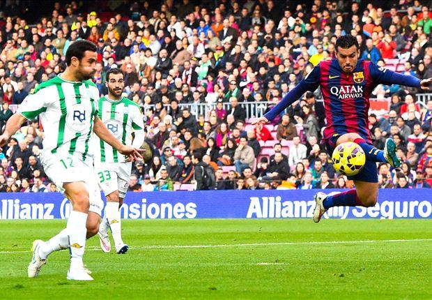 Barcelona 5-0 Cordoba: Suarez ends Liga goal drought as Catalans close on Real Madrid