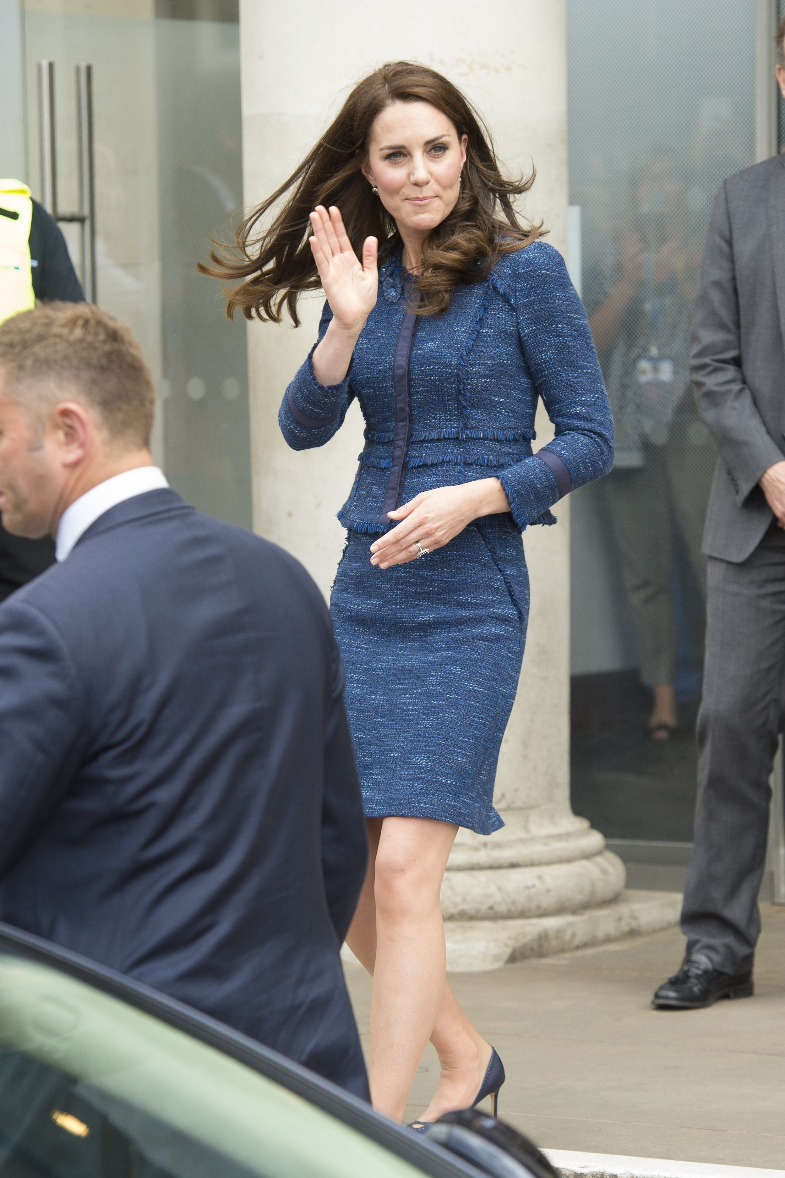 Duchess Kate Opts For An Old Fave To Visit Kings College