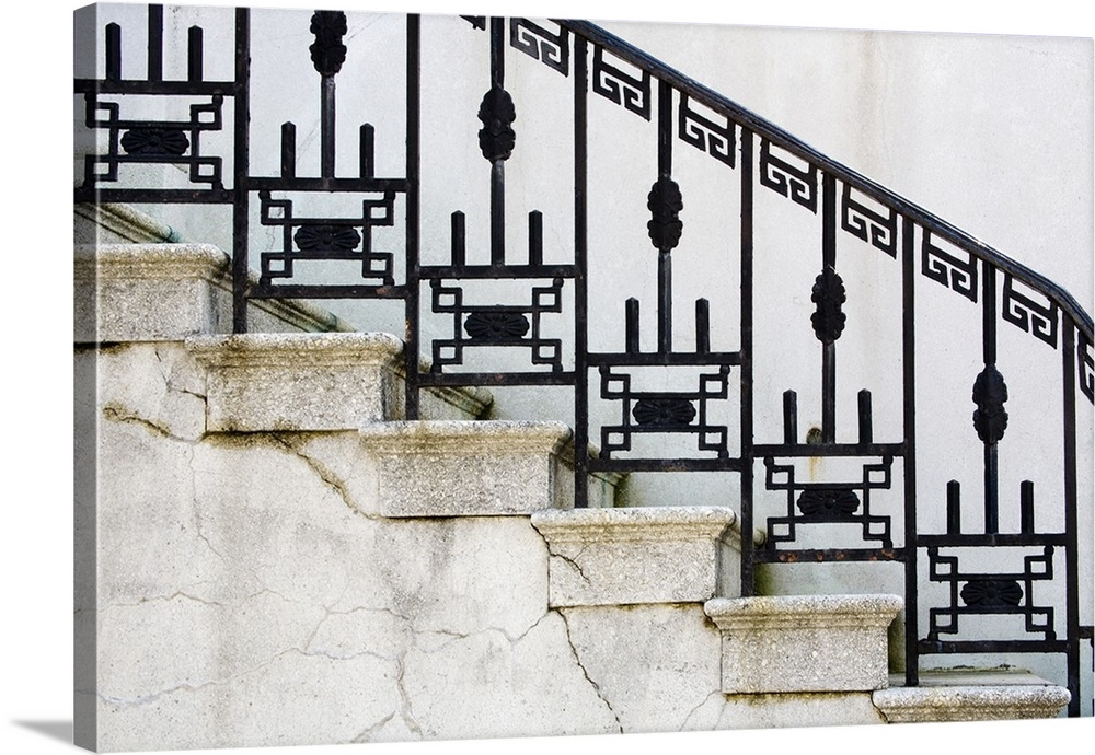 Wrought Iron Railing On Steps Of Government Building In Savannah   Wrought Iron Handrail For Steps   3 Step   Grill   Forged Iron   Cast Iron   Wood Wall Mounted Stair