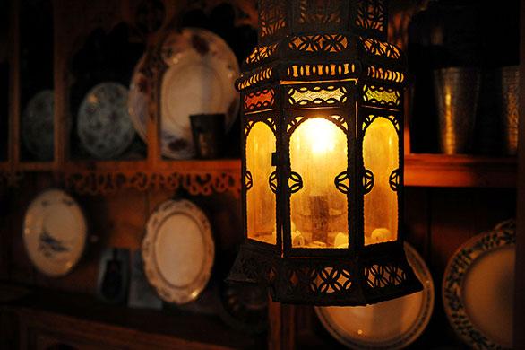 Gallery Khadambi Asalche's home: Khadambi Asalche's home: lamp