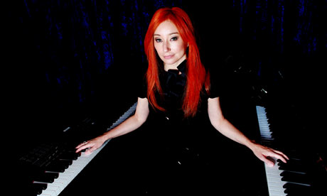 https://i2.wp.com/static.guim.co.uk/sys-images/Arts/Arts_/Pictures/2010/1/4/1262622200836/tori-amos-001.jpg