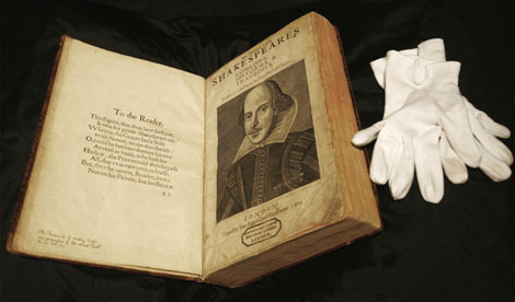 First folio of the 1623 edition Shakespeare's Complete Works