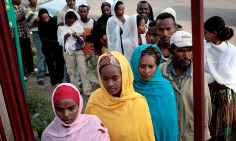 Women wait to cast votes in 2010 Ethiopia elections