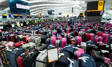 https://i2.wp.com/static.guim.co.uk/sys-images/Business/Pix/pictures/2012/6/12/1339485913281/Luggage-at-Heathrow-airpo-005.jpg