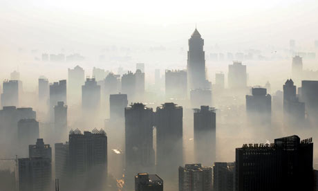 COP15 China and carbon air pollution : haze over Wuhan, Hubei