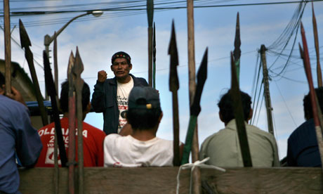 MDG : Natives stand against government in Peru