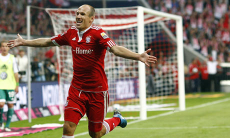 https://i2.wp.com/static.guim.co.uk/sys-images/Football/Clubs/Club_Home/2009/8/29/1251576015738/Bayern-Munichs-Arjen-Robb-001.jpg?w=640