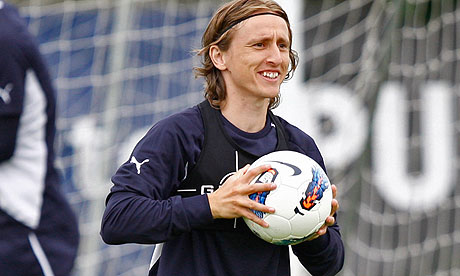 luka modric during tottenham preseason training in south africa