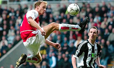 https://i2.wp.com/static.guim.co.uk/sys-images/Football/Pix/pictures/2013/2/27/1361976380078/Arsenals-Dennis-Bergkamp-008.jpg?w=850