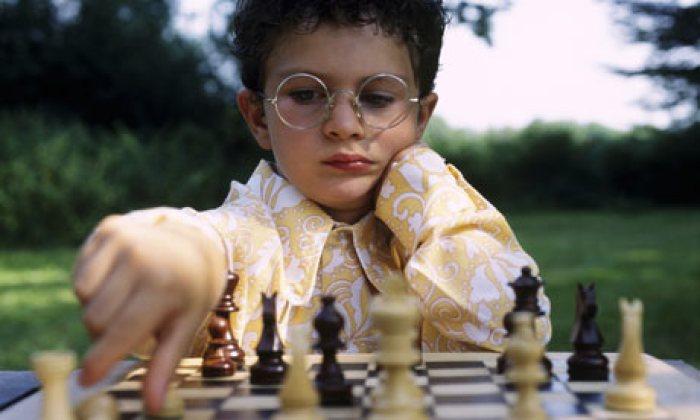 Картинки по запросу children playing chess