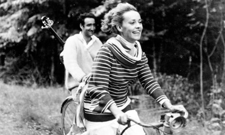 Jeanne Moreau in the film JULES ET JIM