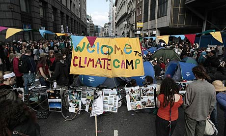 Police kettled the climate camp in Bishopsgate, London, during the G20 ptotests in 2009.