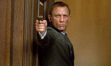 https://i2.wp.com/static.guim.co.uk/sys-images/Guardian/About/General/2012/11/1/1351786554422/Daniel-Craig-in-Skyfall-010.jpg