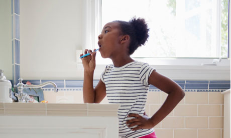 Andrex: Girl brushing teeth