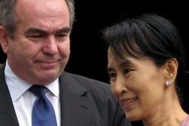 Aung San Suu Kyi and the US envoy Kurt Campbell after their meeting in Rangoon