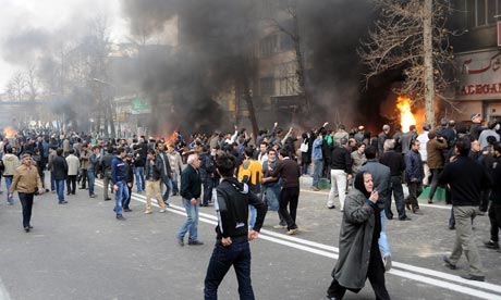 Iranian-protesters-hold-d-001.jpg