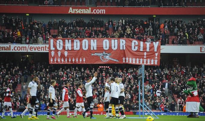 https://i2.wp.com/static.guim.co.uk/sys-images/Guardian/Pix/pictures/2010/11/20/1290290750021/Arsenal-fans-unfurl-a-ban-001.jpg?resize=688%2C405