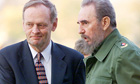 Fidel Castro greeting then Canadian prime minister Jean Chretien in 1998