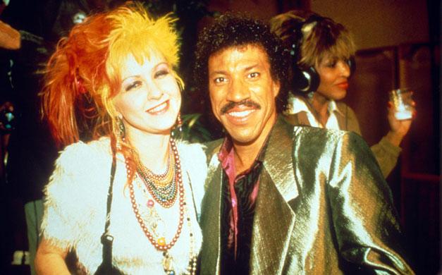 Cyndi-Lauper-Lionel-Richie-We-are-the-world-making-of-FuteRock