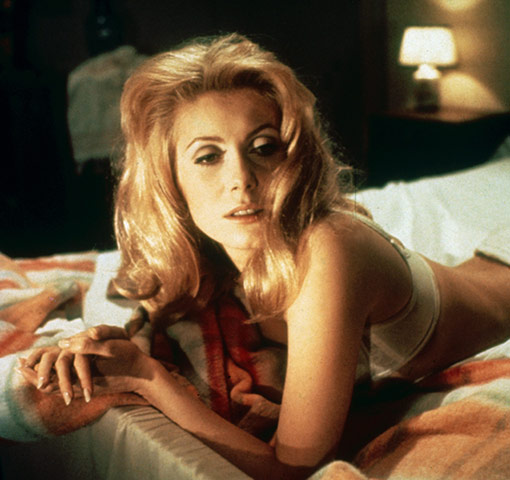 https://i2.wp.com/static.guim.co.uk/sys-images/Guardian/Pix/pictures/2011/1/21/1295610653279/Catherine-Deneuve-in-Bell-007.jpg