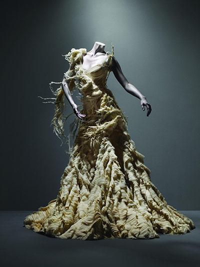 Alexander McQueen: Dress, Irere, spring/summer 2003