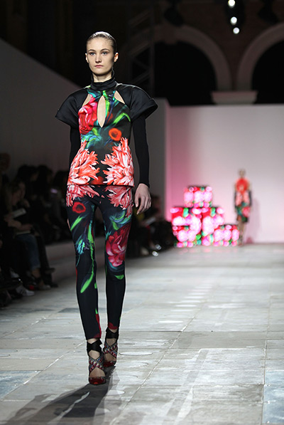 https://i2.wp.com/static.guim.co.uk/sys-images/Guardian/Pix/pictures/2012/2/20/1329752548294/The-Peter-Pilotto-show-at-002.jpg