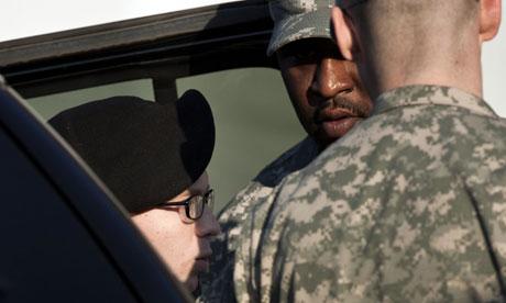 Bradley Manning arrives in Fort Meade
