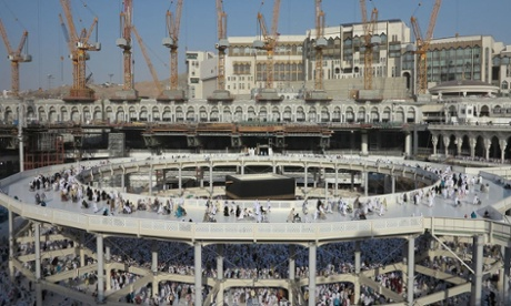 Floating halo … the temporary Mataf extension accommodates 1,700 wheelchairs per hour.