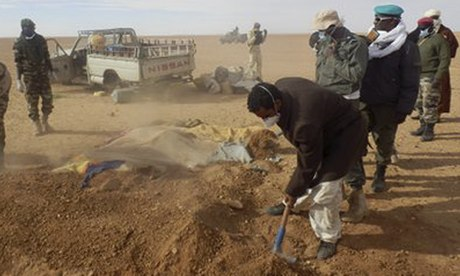 Graves dug for stranded migrants in Sahara