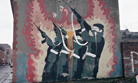 Republican mural, Derry, 1989.