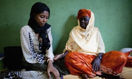Dukureh and midwife