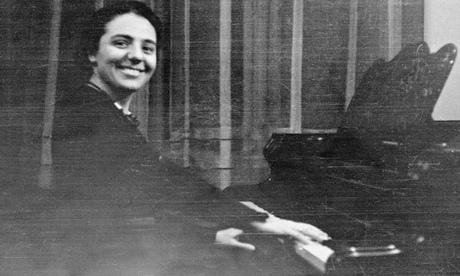 Alice Herz-Sommer in 1924