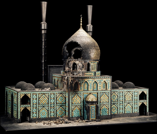 American sculptor Al Farrow creates models of churches, temples and mosques from bullets and gun parts