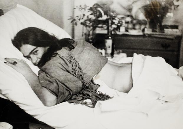 Frida stomach down by Nickolas Muray, 1946.