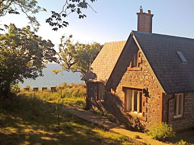 Cool Cottages DumfriesGal: Cruggleton Lodge, Garlieston