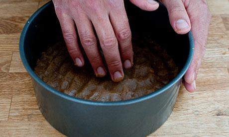 Dan step 1: grind walnuts, sugar and seeds til fine. Add butter, flour and cinnamon
