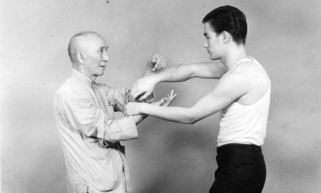 https://i2.wp.com/static.guim.co.uk/sys-images/Music/Pix/pictures/2009/10/1/1254386324228/Ip-Man-with-Bruce-Lee-002.jpg