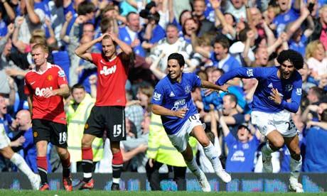 Everton celebrate scoring their injury-time equaliser