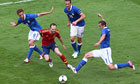 Andreas-Iniesta-confronts-003.jpg