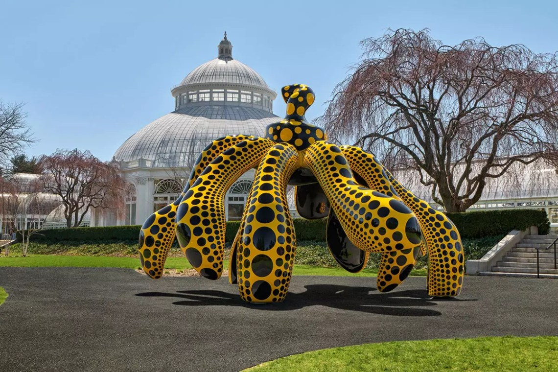 Yayoi Kusama's Art Becomes One With Nature in New NYC Exhibit