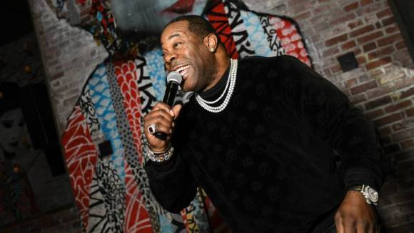 Busta Rhymes Continues Taunting T.I. Over Declining Battle: 'Kinfolk But He Don't Want Smoke'