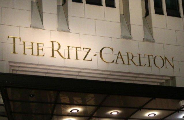 Ritz-Carlton, ocupă primul loc în clasamentul celor mai populare 10 branduri de lux în 2015 întocmit de firma de consultanță britanică Luxury Branding #shu#.