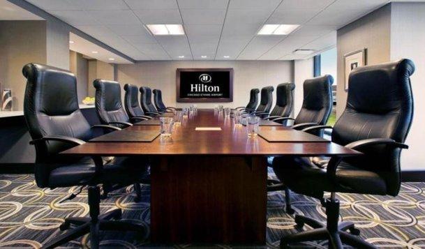 În sălile de reuniuni ale Hilton a început să se aplice o tehnologie de învățare cognitivă pentru că clientul trebuie doar să spună că îi este frig și temperatura se reajustează ușor.