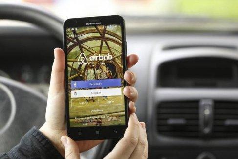 În ce măsură afectează Airbnb vânzările hoteliere?